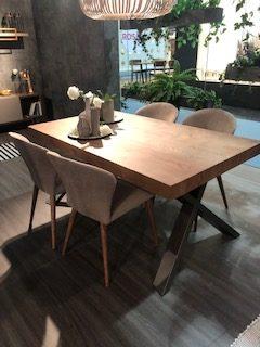 Mesa extensible chapa de madera extensible y pata metálica